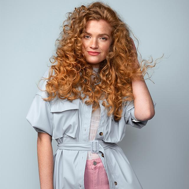 PRO tutorial: Bouncy summer curls